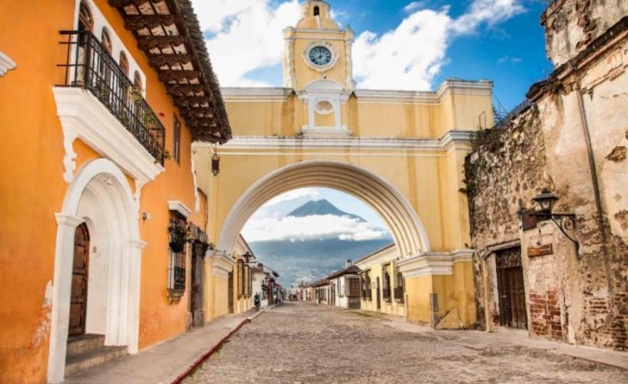 Essence of Central America - Guatemala & Belize Vacation Tour