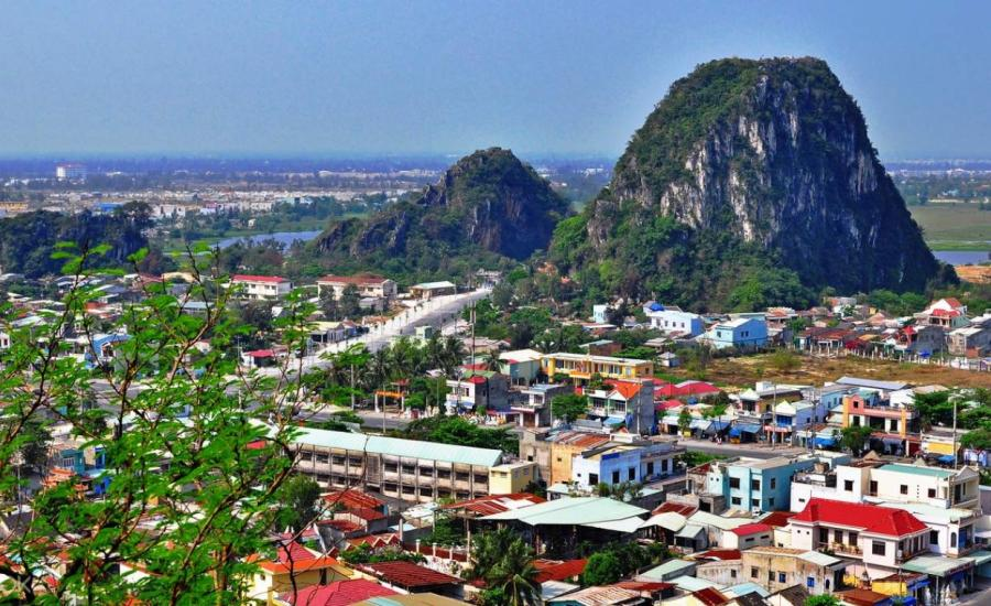 Travel from Hue to Da Nang on a fun full day tour