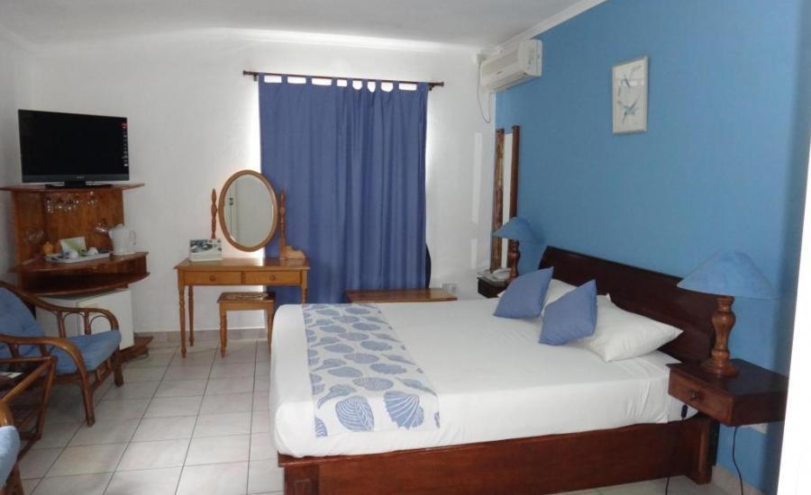 Le Relax Hotel and Restaurant Mahe Island